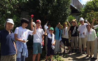 鎌学ボランティア部とNPO TSKIの共催で空き家の草刈・枝払い実施しました。