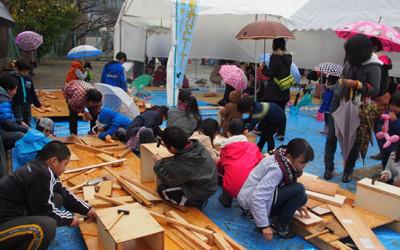 米澤工務店(TSKIを応援する企業)のもちつき大会が開催されました。