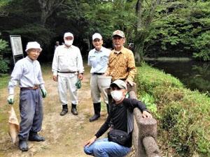 TSKI「今泉台さくらを守る会」で散在ガ池公園に玉縄桜の幼木を植栽