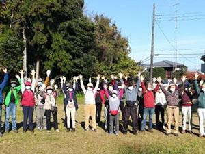 11月16日 TSKI健康ハイク:10月陽気の秋晴れの中を歩く!