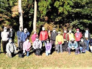 12月15日 TSKI健康ハイク:秋晴れの中、天園~横浜自然観察の森を歩く!